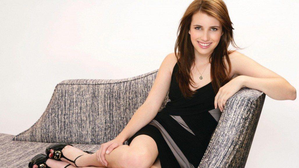 Emma Roberts Bio - Feet, Net Worth, Boyfriend ...
