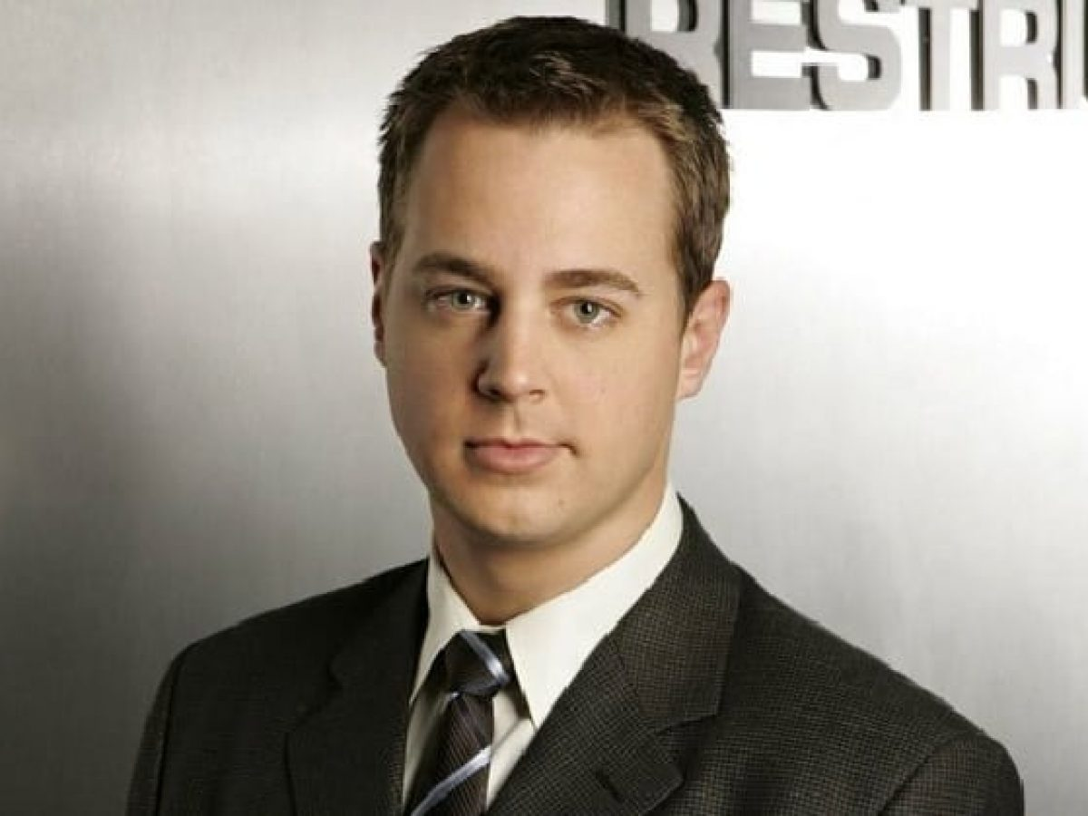 Inside Sean Murray's Family Life and The Real Reason He Lost Weight - Networth Height Salary