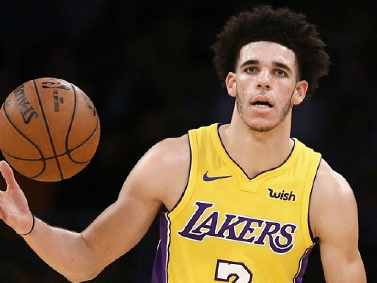 Lonzo Ball Dad Mom Brother Family Girlfriend Height Weight Networth Height Salary