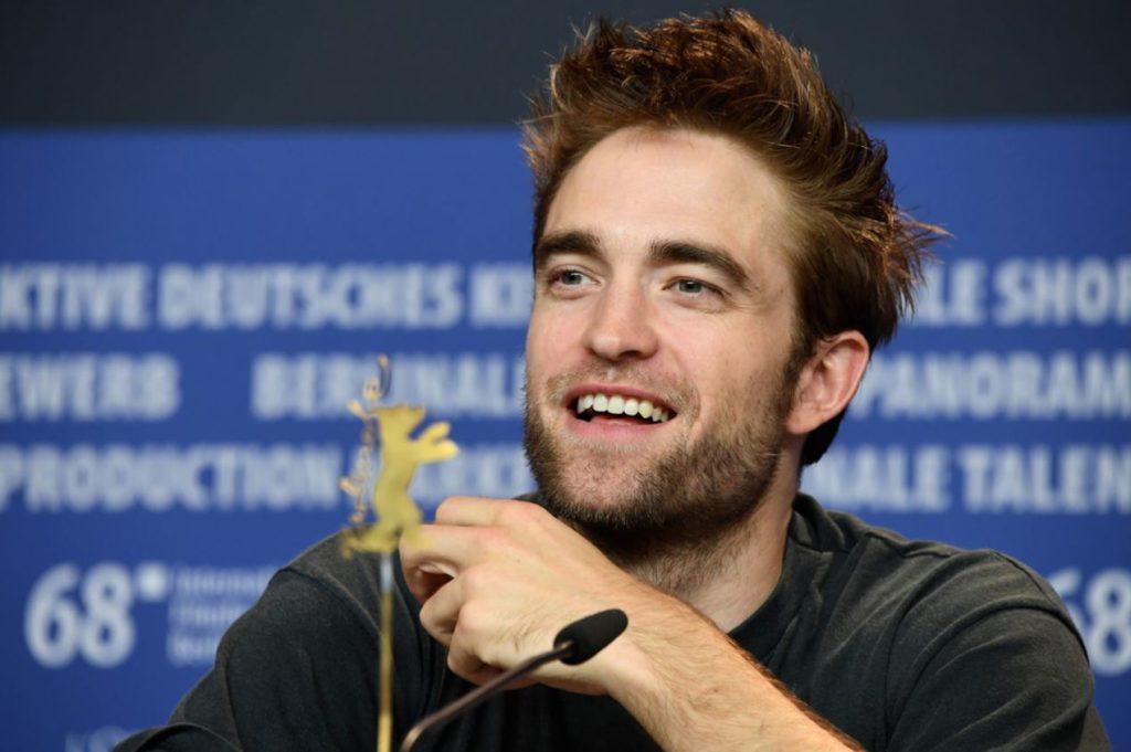 Pattinson current girlfriend robert Is Robert