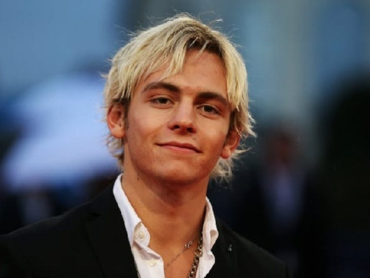 Life real 2018 in ross who lynch dating is Ross Lynch